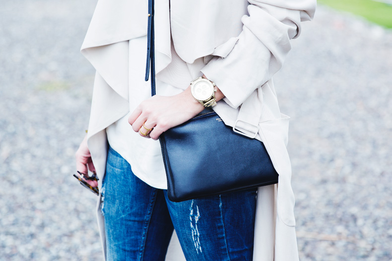 Trench-Ripped_Jeans-Red_Shoes-Celine_trio_Bag-street_Style-outfit-38