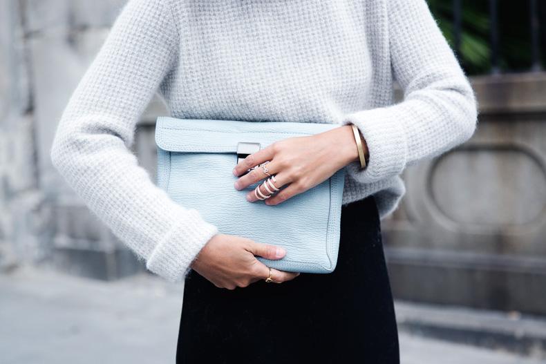 Light_Blue_Clutch-Long_Skirt-Biker_Jacket-Pastel_Trend-Braid-Street_Style-Outfit-40