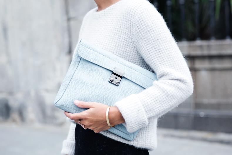 Light_Blue_Clutch-Long_Skirt-Biker_Jacket-Pastel_Trend-Braid-Street_Style-Outfit-37