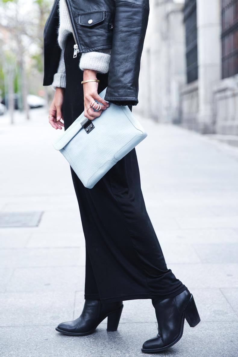 Light_Blue_Clutch-Long_Skirt-Biker_Jacket-Pastel_Trend-Braid-Street_Style-Outfit-13