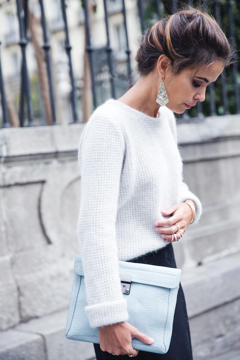 Light_Blue_Clutch-Long_Skirt-Biker_Jacket-Pastel_Trend-Braid-Street_Style-Outfit-22