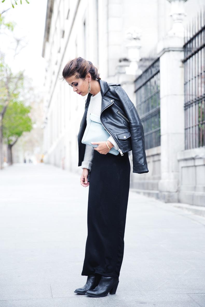 Light_Blue_Clutch-Long_Skirt-Biker_Jacket-Pastel_Trend-Braid-Street_Style-Outfit-4