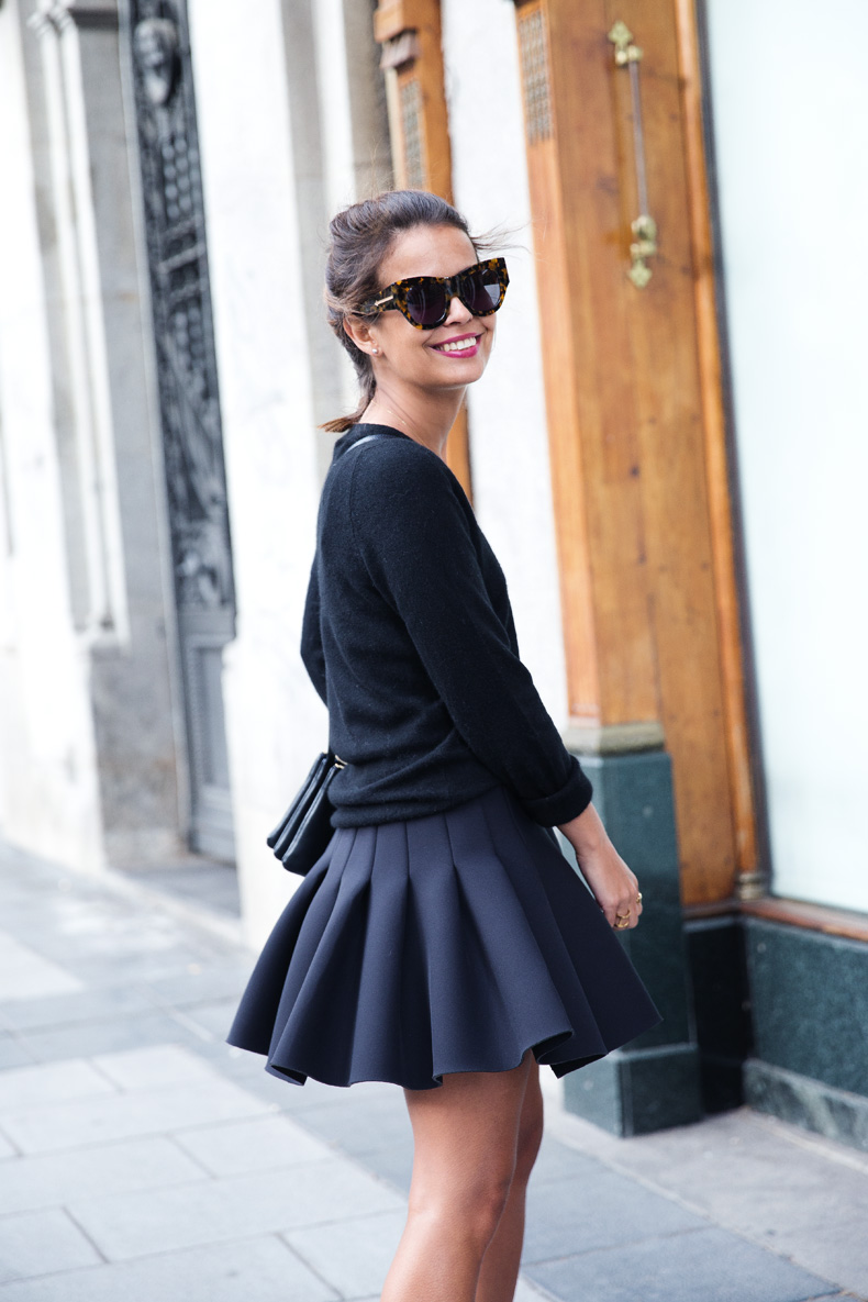 Neoprene_Skirt-Trench-Parka-Black_Outfit-Veet_Femme_Fatale-Brand_Ambassador-Outfit-Street_Style-29