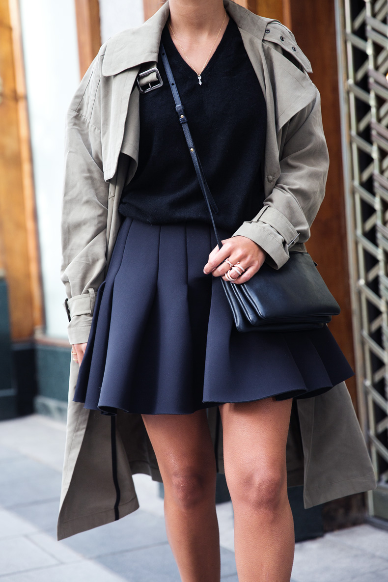 Neoprene_Skirt-Trench-Parka-Black_Outfit-Veet_Femme_Fatale-Brand_Ambassador-Outfit-Street_Style-14