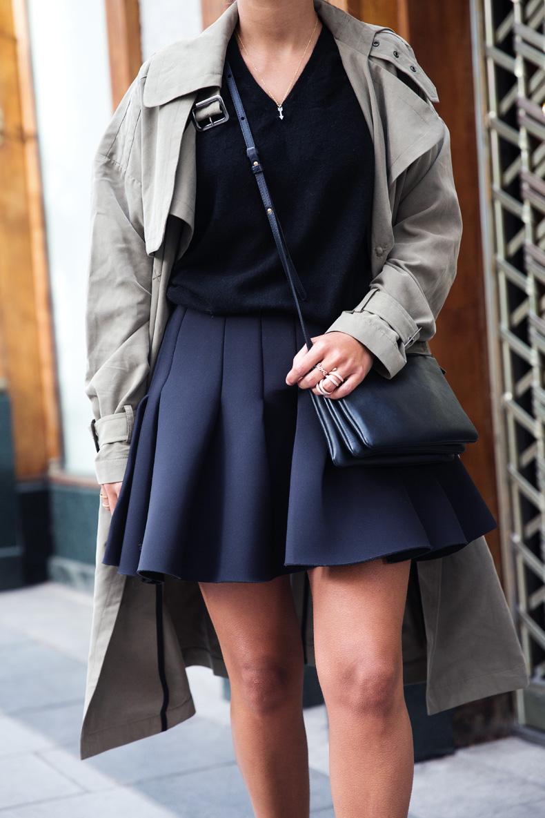 Neoprene_Skirt-Trench-Parka-Black_Outfit-Veet_Femme_Fatale-Brand_Ambassador-Outfit-Street_Style-14