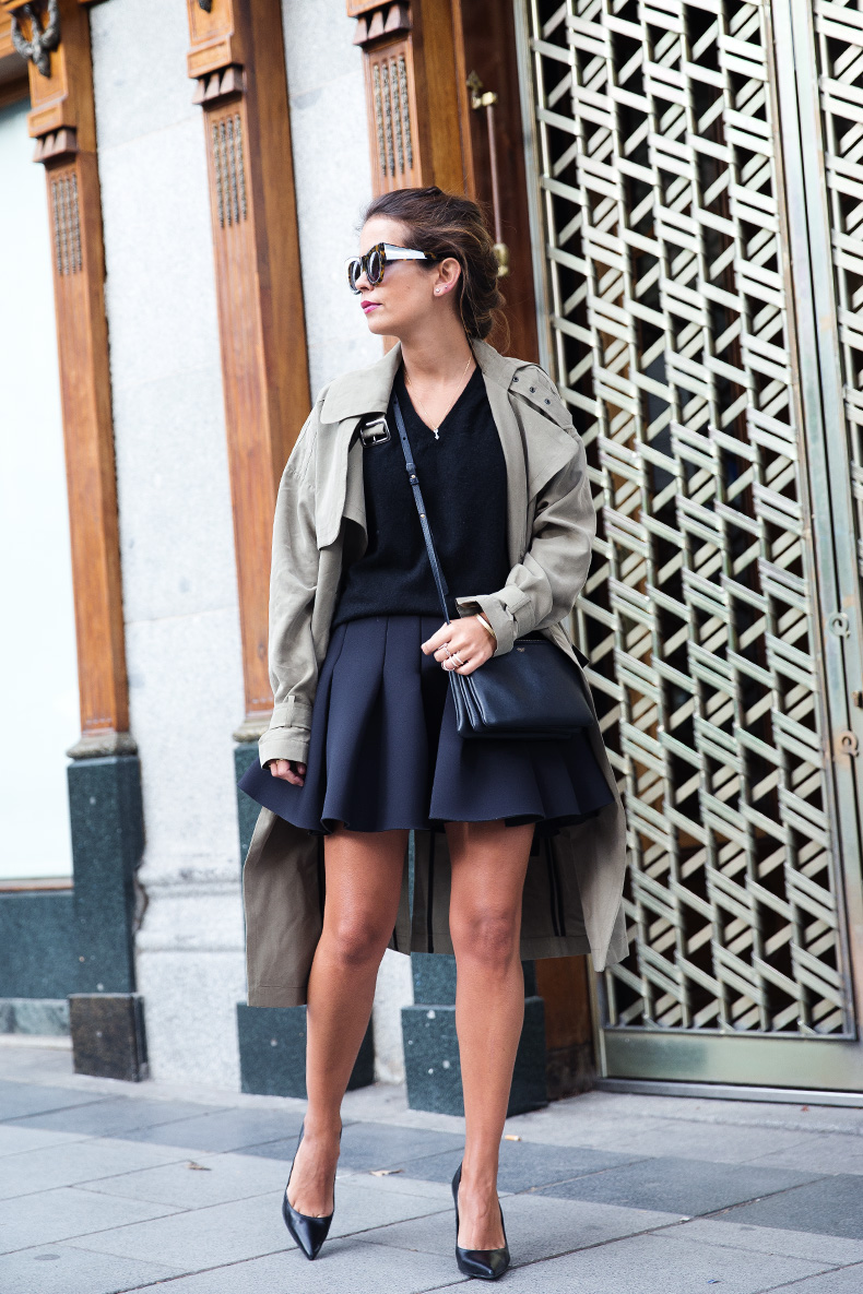 Neoprene_Skirt-Trench-Parka-Black_Outfit-Veet_Femme_Fatale-Brand_Ambassador-Outfit-Street_Style-23