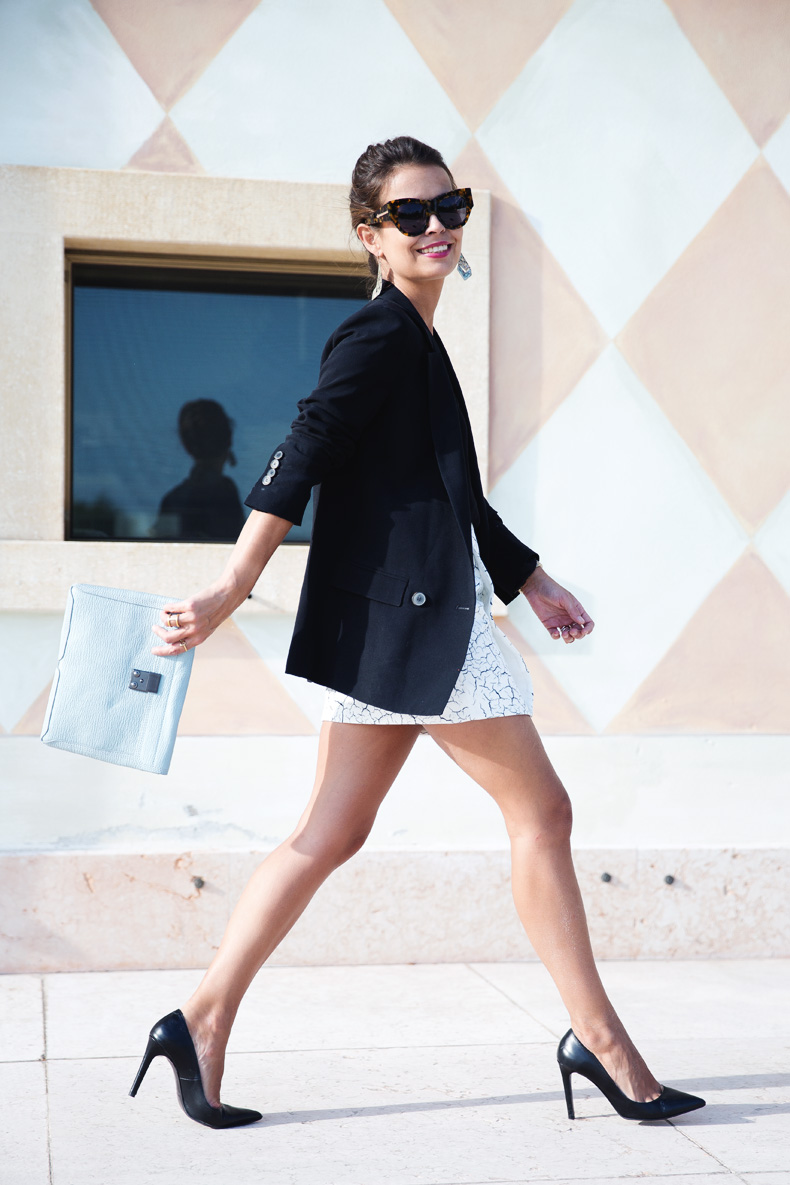 Cracked_Skirt-Girissima-Calzedonia_Show-Light_blue_Clutch-Phillip_Lim-Street_Style-Outfit-26