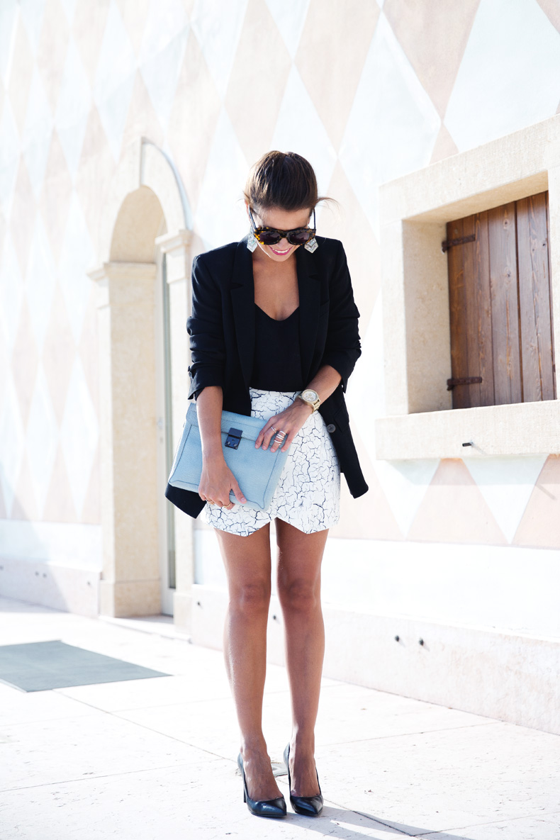 Cracked_Skirt-Girissima-Calzedonia_Show-Light_blue_Clutch-Phillip_Lim-Street_Style-Outfit-4