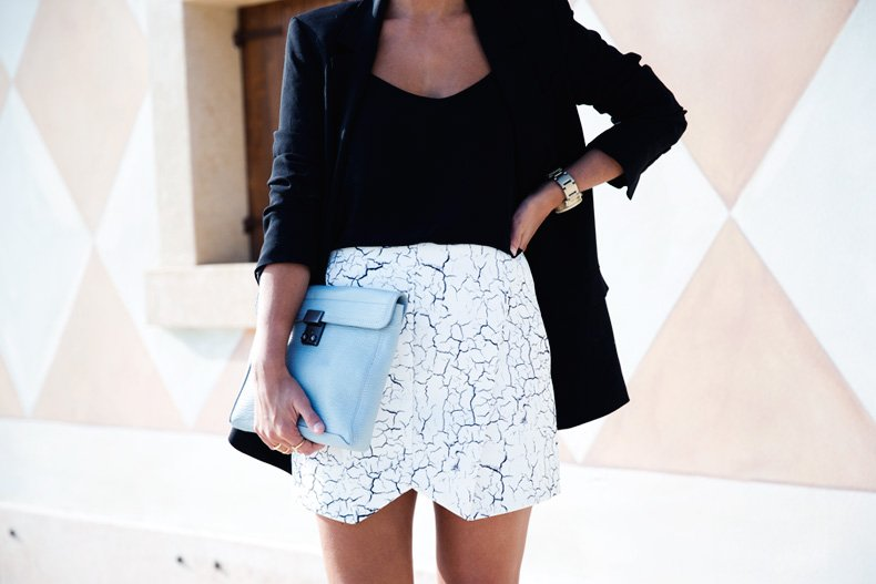 Cracked_Skirt-Girissima-Calzedonia_Show-Light_blue_Clutch-Phillip_Lim-Street_Style-Outfit-36