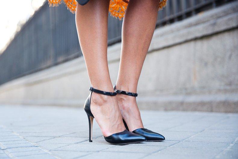 Twin_Set-Orange_Lace_Skirt-Denim_Jacket-Midi_Skirt-Street_Style-ouftit-40