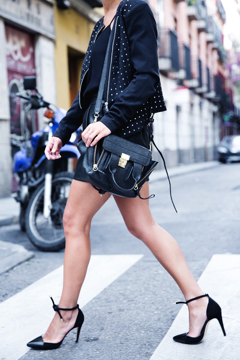 Black_Outfit-Studded_Jacket-Leather-Purificacion_Garcia_Shoes-Style-Street_Style-Collage_Vintage-19