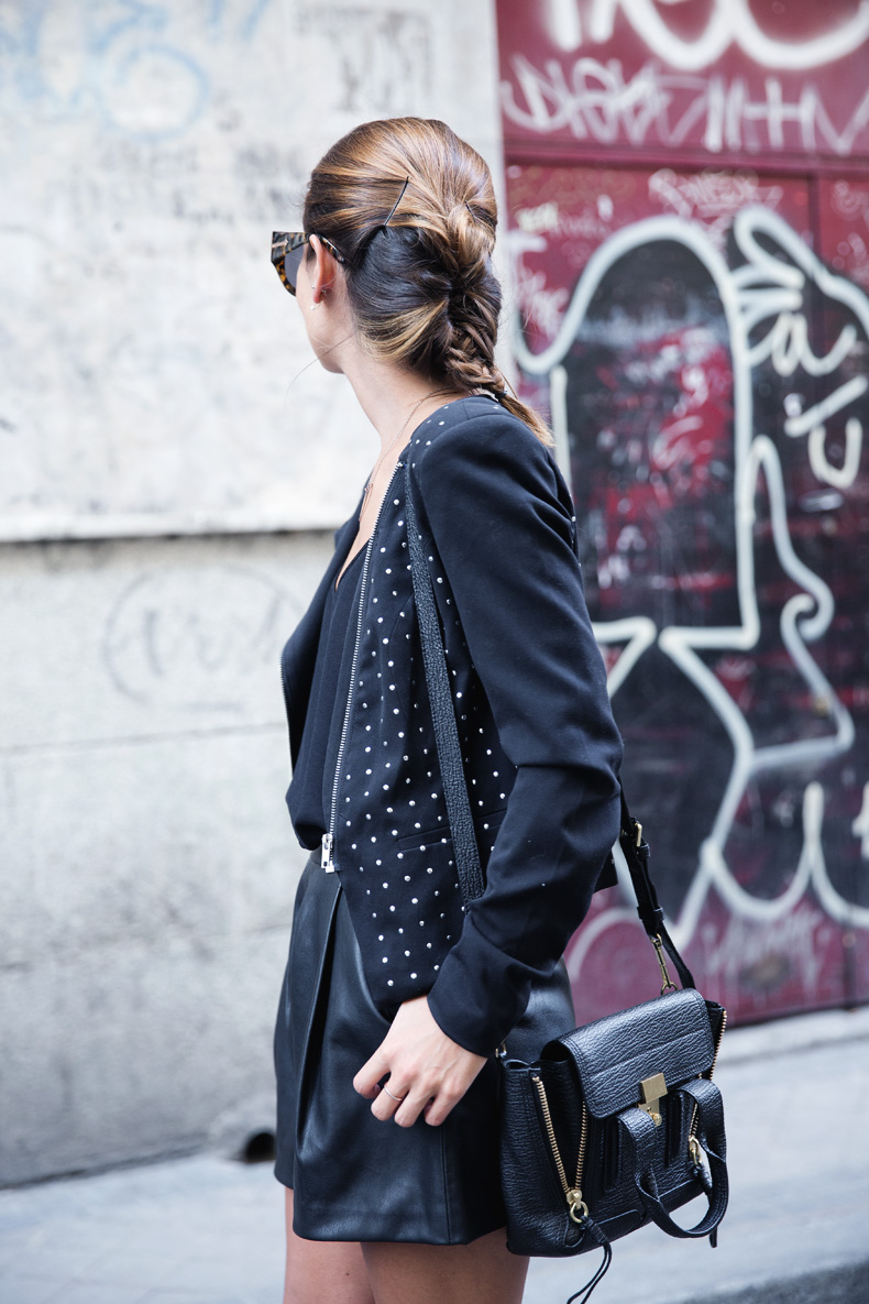 Black_Outfit-Studded_Jacket-Leather-Purificacion_Garcia_Shoes-Style-Street_Style-Collage_Vintage-4