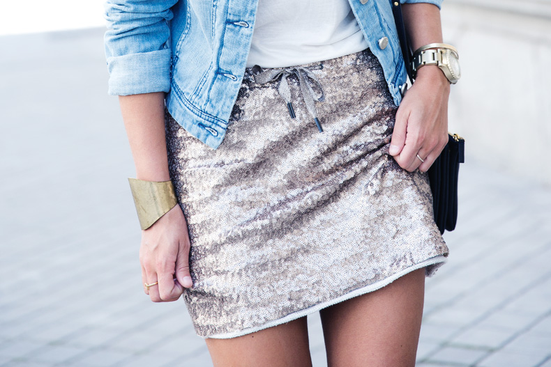 Sequined_Skirt-Denim_Jacket-Street_Style-outfit-30