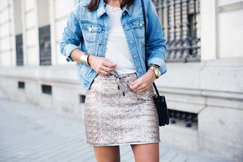 Sequined_Skirt-Denim_Jacket-Street_Style-outfit-33