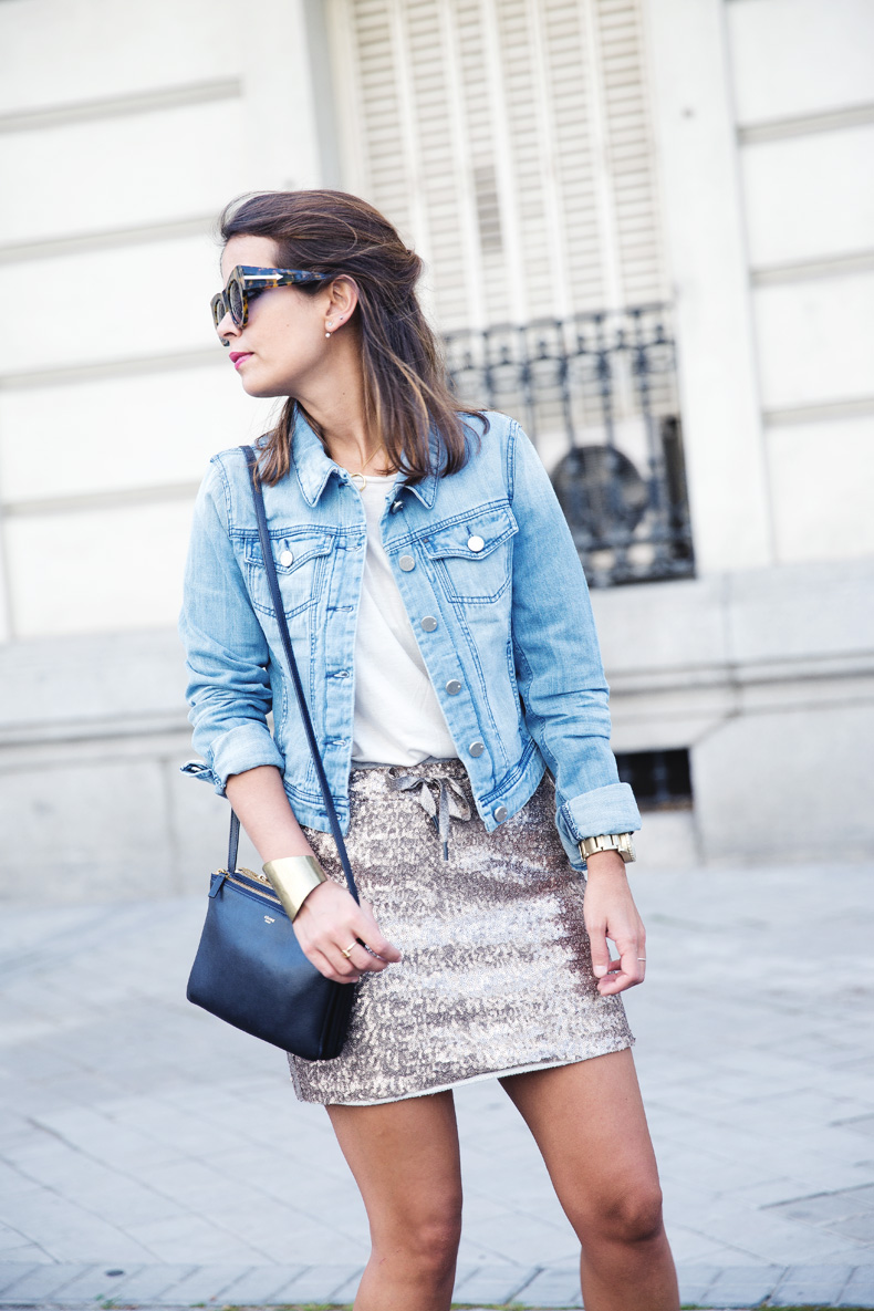 Sequined_Skirt-Denim_Jacket-Street_Style-outfit-24