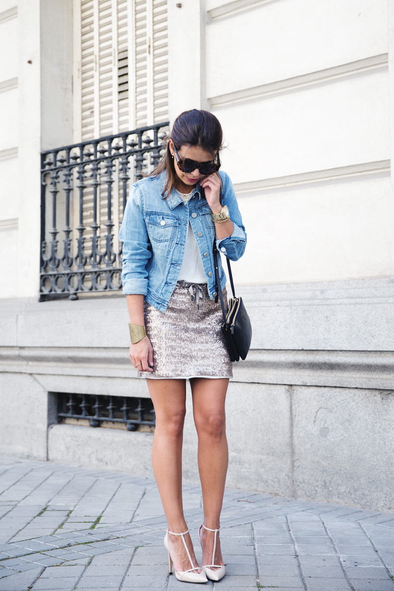 Sequined_Skirt-Denim_Jacket-Street_Style-outfit-11