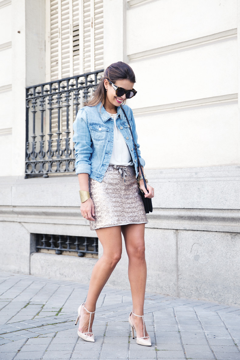Sequined_Skirt-Denim_Jacket-Street_Style-outfit-15