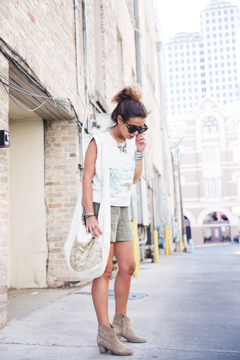 Austin-Buylevard-Beaded_Bag-Anthropology-Road_Trip_Texas-24