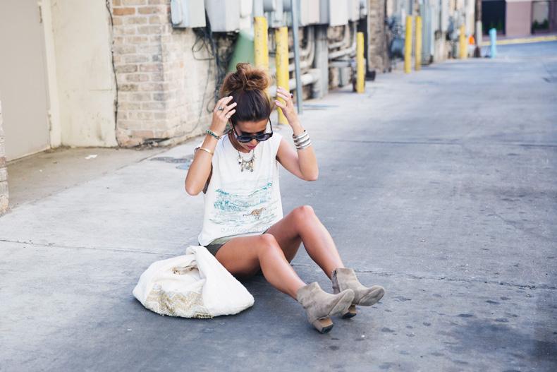 Austin-Buylevard-Beaded_Bag-Anthropology-Road_Trip_Texas-26