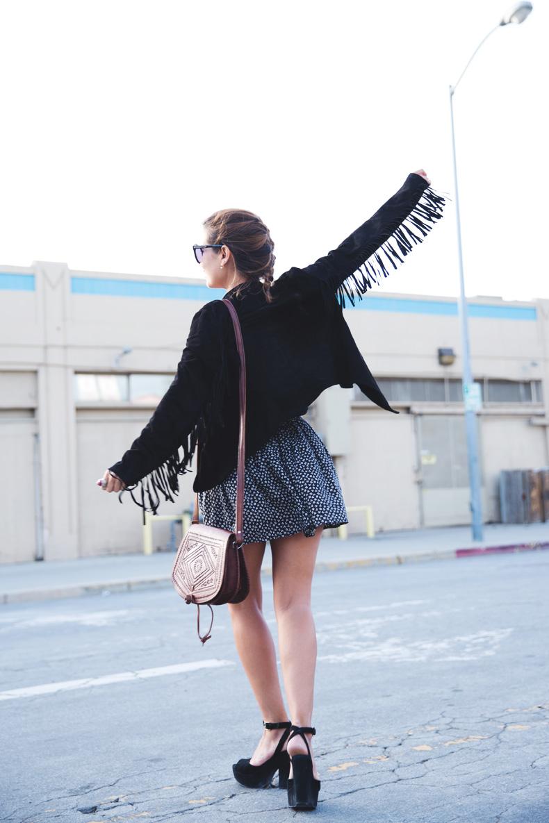 San_Francisco-Road_Trip_California-Fringe_Jacket-Suede-Floral_Skirt-outfit-16