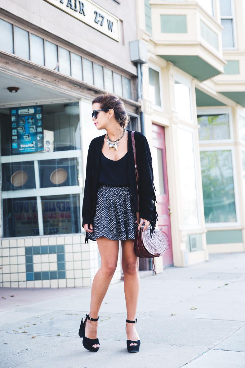 San_Francisco-Road_Trip_California-Fringe_Jacket-Suede-Floral_Skirt-outfit-5