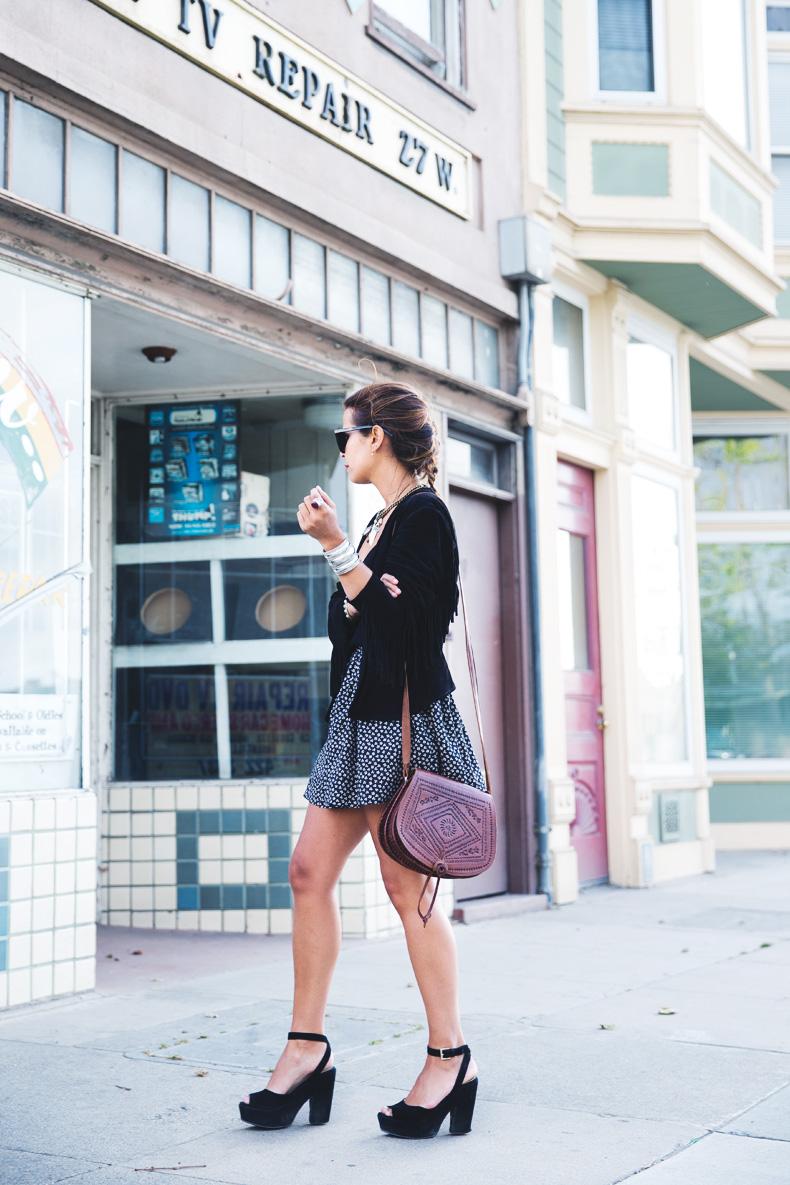 San_Francisco-Road_Trip_California-Fringe_Jacket-Suede-Floral_Skirt-outfit-6