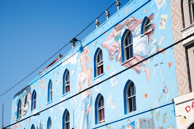 Venice_Beach-California-Road_Trip-Open_Back_Dress-Brandy_Melville-Street_Style-31