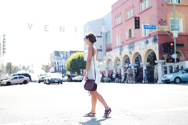 Venice_Beach-California-Road_Trip-Open_Back_Dress-Brandy_Melville-Street_Style-46