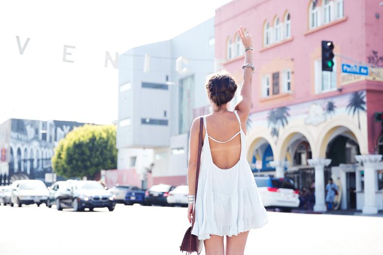 Venice_Beach-California-Road_Trip-Open_Back_Dress-Brandy_Melville-Street_Style-38