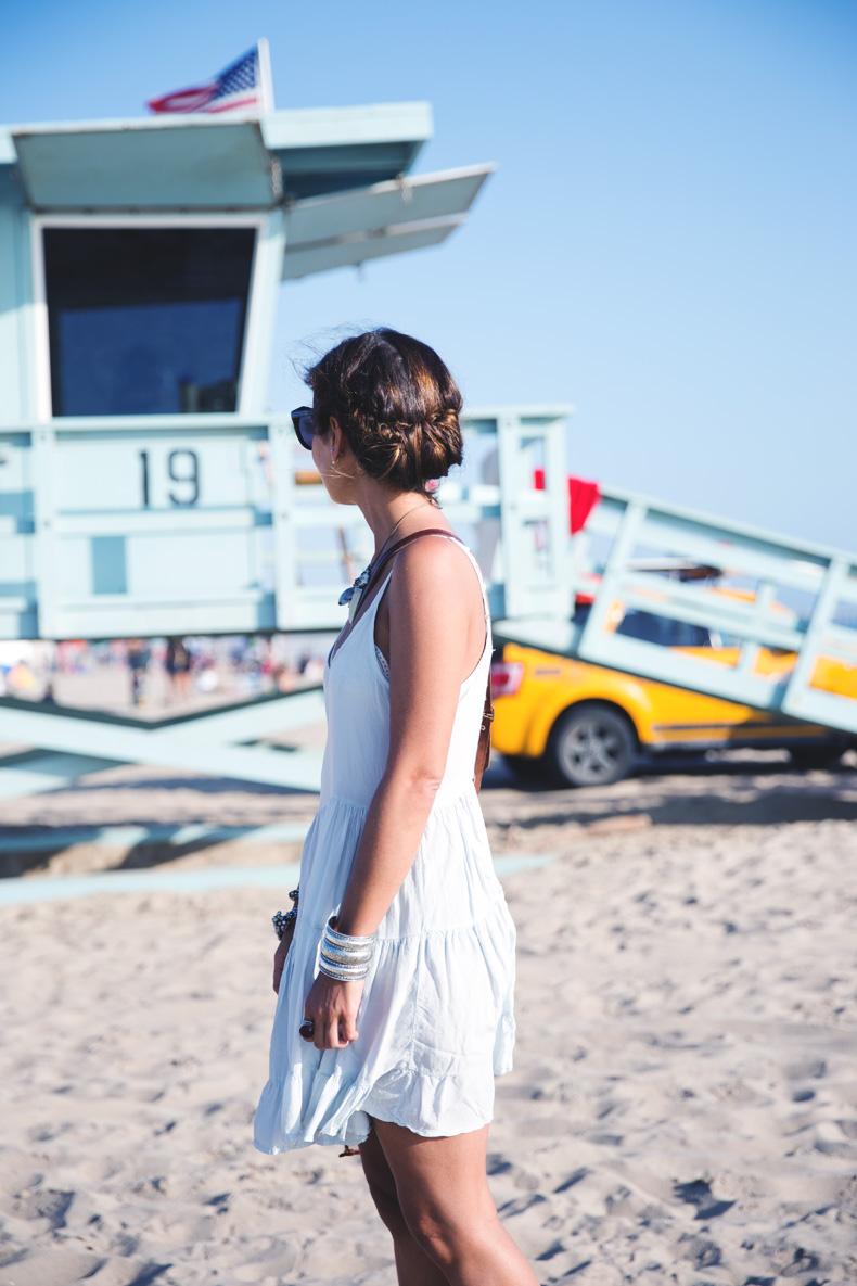 Venice_Beach-California-Road_Trip-Open_Back_Dress-Brandy_Melville-Street_Style-4
