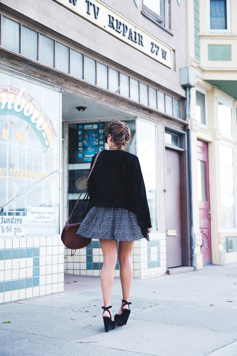 San_Francisco-Road_Trip_California-Fringe_Jacket-Suede-Floral_Skirt-outfit-9