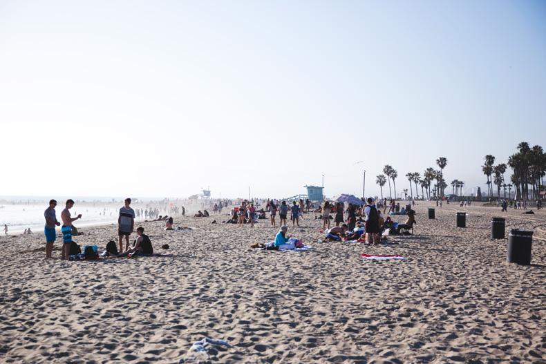 Venice_Beach-California-Road_Trip-Open_Back_Dress-Brandy_Melville-Street_Style-25