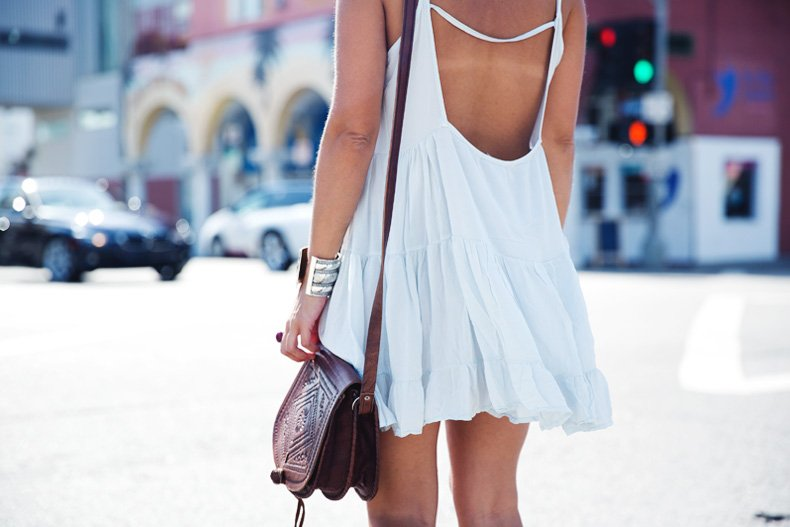 Venice_Beach-California-Road_Trip-Open_Back_Dress-Brandy_Melville-Street_Style-42