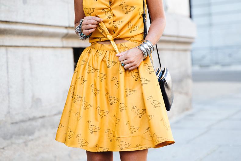 Pepa_Love_Dress-Yellow-Fishtail_Braid-Outfit-Street_Style-46