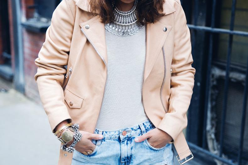 Biker_Jacket-Sandro_Paris-Ripped_Jeans-London-Travels-Outfit-44