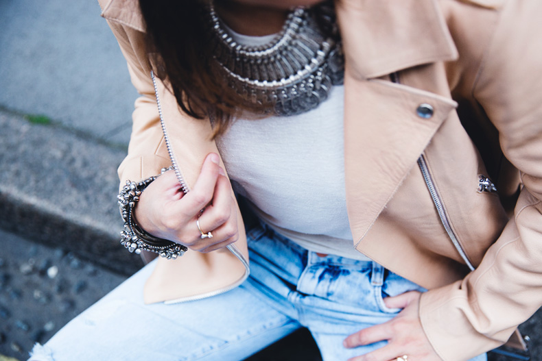 Biker_Jacket-Sandro_Paris-Ripped_Jeans-London-Travels-Outfit-39