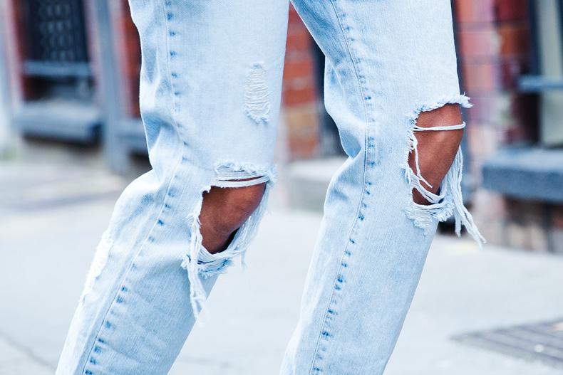 Biker_Jacket-Sandro_Paris-Ripped_Jeans-London-Travels-Outfit-24