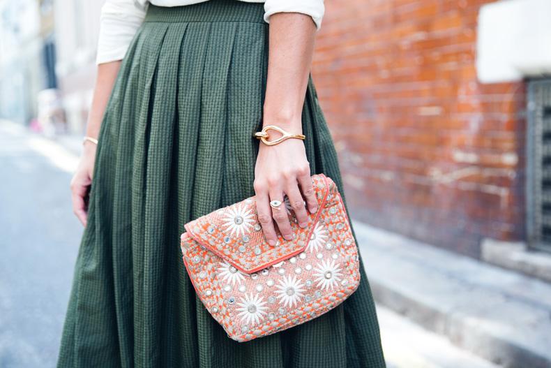 Midi_Skirts-Lace_Up_Sandals-Antik_Batik_Clutch-Outfit-London-33