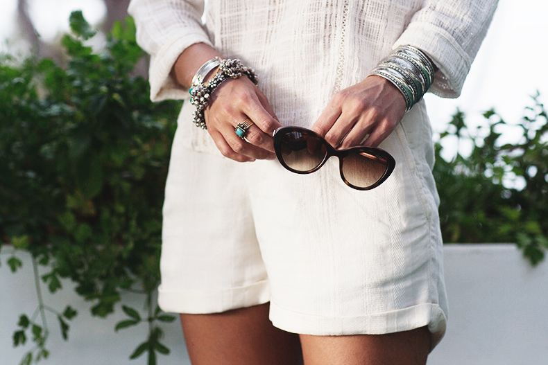 Vogue_Eyewear-Ibiza_summer-White_Outfit-3