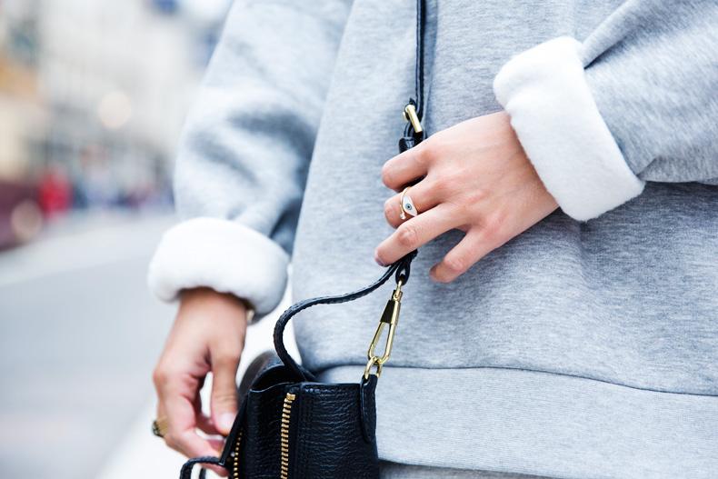 Regent_Tweet_2014-London-Ashish_for_Topshop-Sweatshirt-Leather_Skirt-Outfit-Street_Style-11