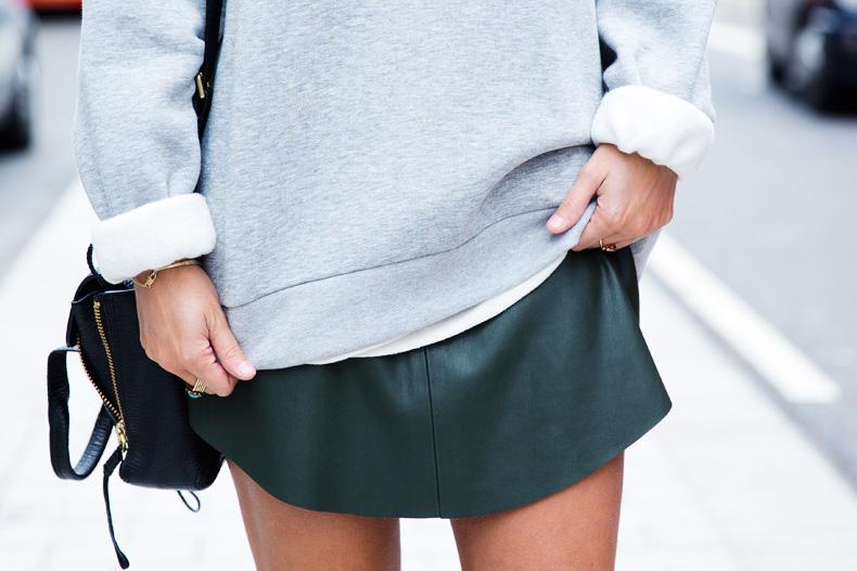 Regent_Tweet_2014-London-Ashish_for_Topshop-Sweatshirt-Leather_Skirt-Outfit-Street_Style-14