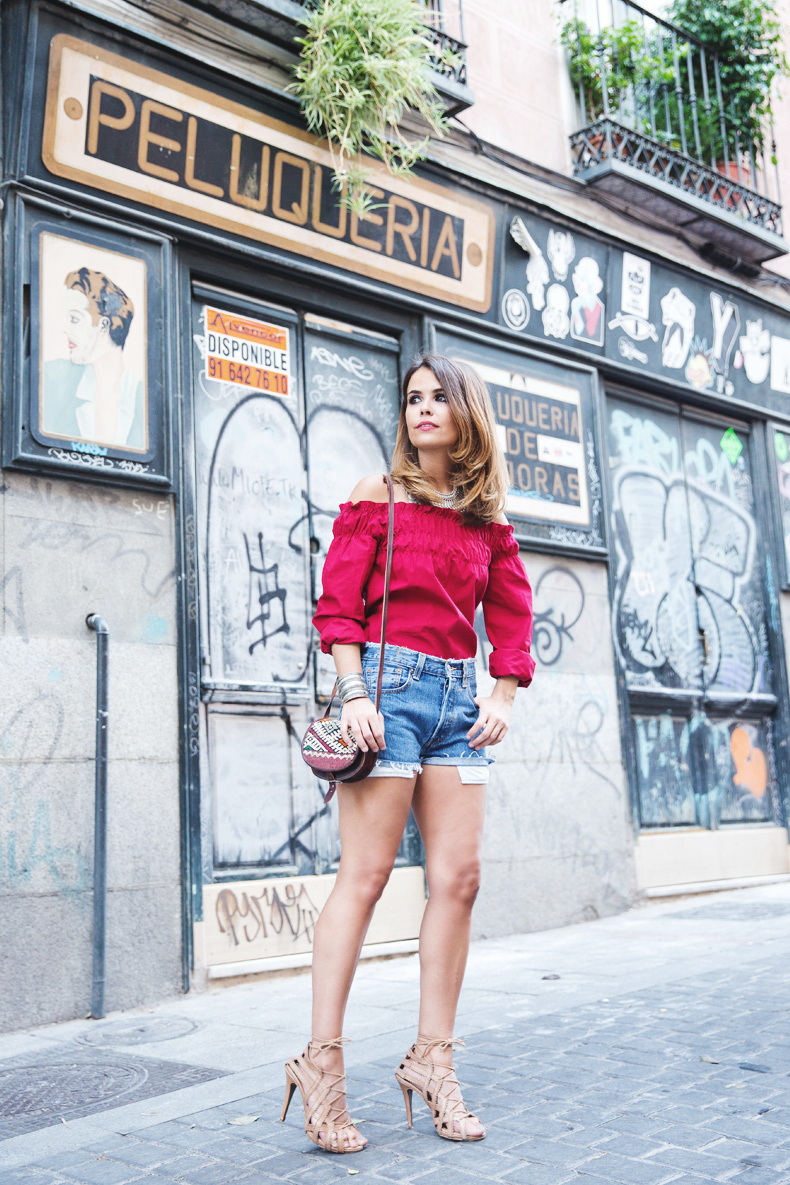 RED-Denim-Levis-Outfit-Street_Style-Dove-13