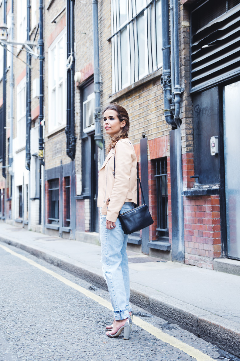 Biker_Jacket-Sandro_Paris-Ripped_Jeans-London-Travels-Outfit-3