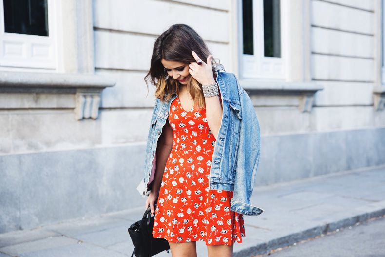Floral_Dress-Topshop-Denim_Jacket-Street_Style-Outfit-20