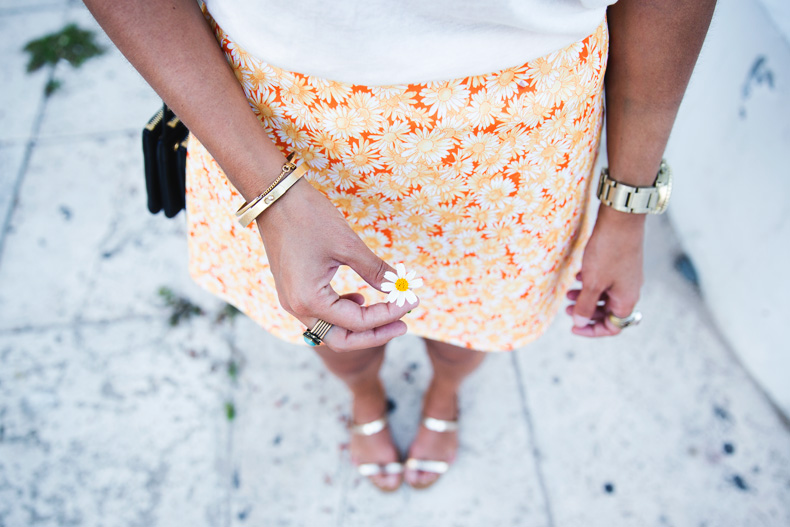 Miami-Urban_Outfitters-Daisy_Print-Skirt-Vintage-15