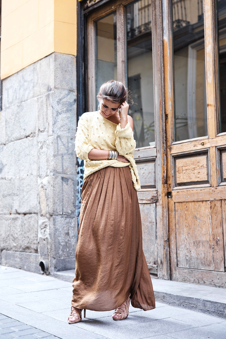 We_Are_Knitters_For_Collage_Vintage-Outfit-Street_Style-14