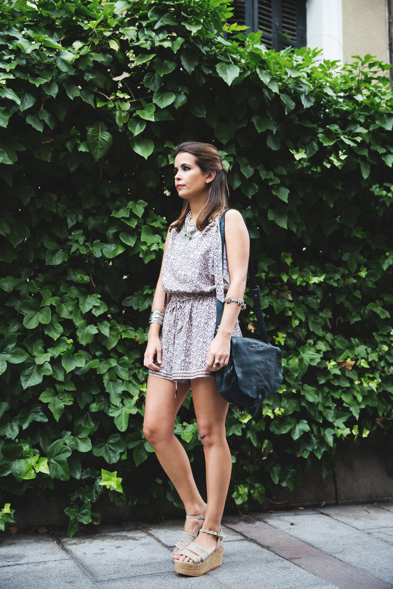 Floral_Jumpsuit-Girissima-Outfit-Street_Style-5