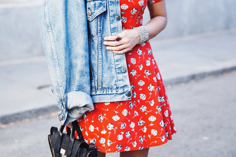 Floral_Dress-Topshop-Denim_Jacket-Street_Style-Outfit-29
