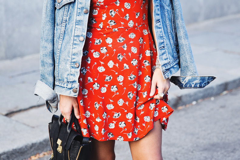 Floral_Dress-Topshop-Denim_Jacket-Street_Style-Outfit-27