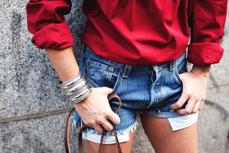 RED-Denim-Levis-Outfit-Street_Style-Dove-38